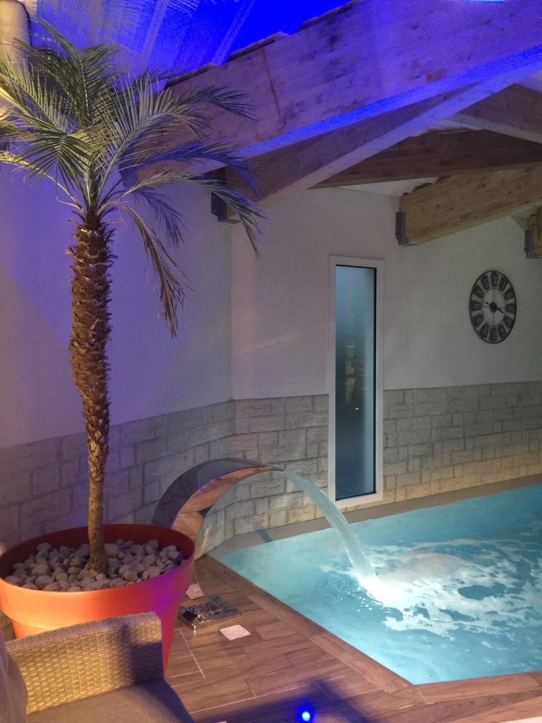 Bienvenue dans un hôtel avec piscine intérieure chauffée sur les Sables d'Olonne