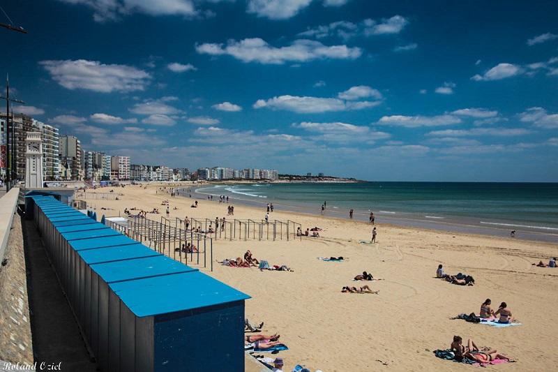 hotel proposant un parking situé près des plages