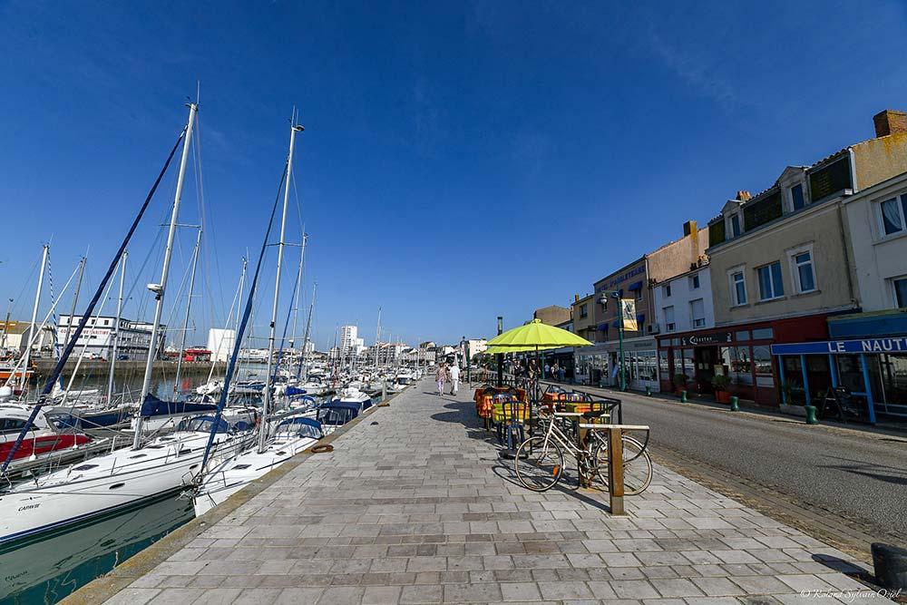 Port proche de l'hôtel avec parking des Sables d'Olonne