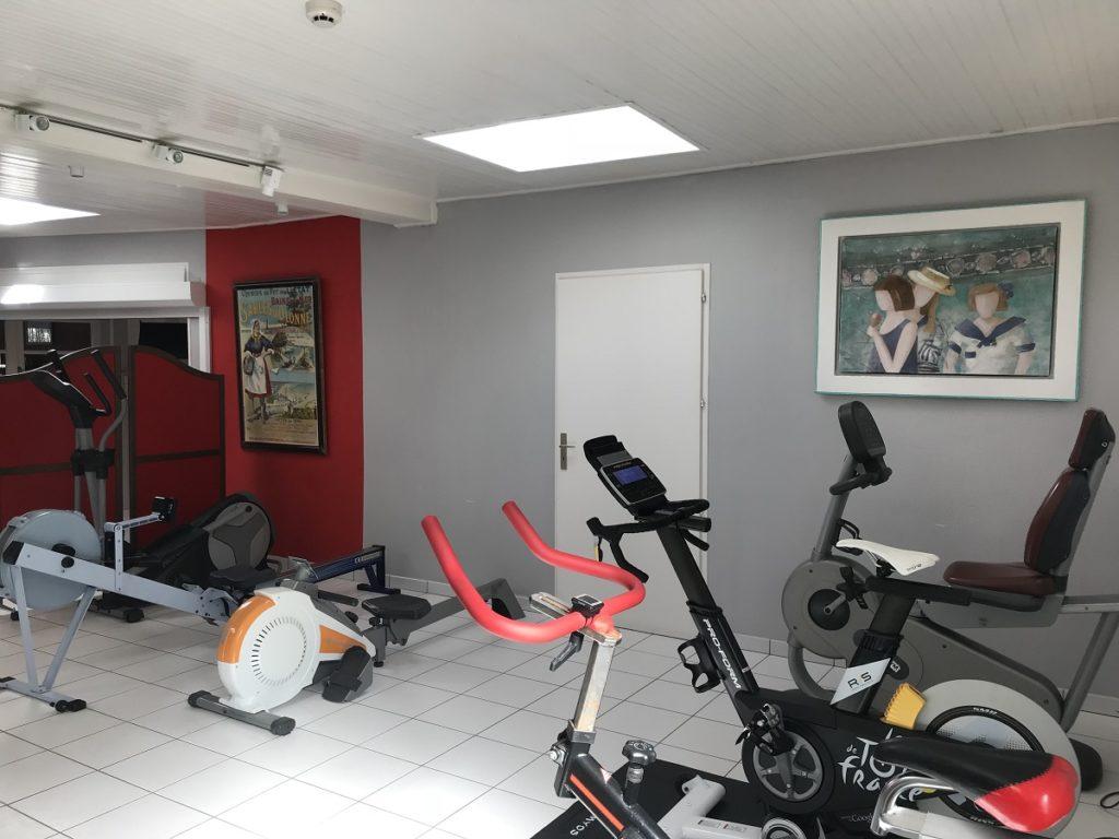 hôtel séminaire avec salle de fitness